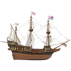 Barco Golden Hind - OCCRE