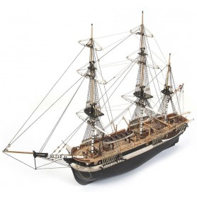 Barco de Madera Occre HMS TERROR 1/75 (sin velas)
