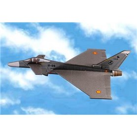 Avion alas españolas Eurofighter Patrulla Aguila con lanzador