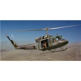 Helicoptero militar 1/48 AB 212 / UH 1N - ITALERI