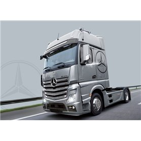 TRUCK 1/24 MERCEDES BENZ ACTROS MP4 GIGASPACE