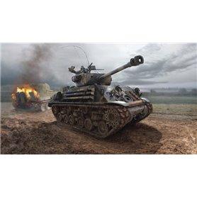 "Tanque 1/35 M4A3E8 Sherman ""Fury"" - ITALERI"