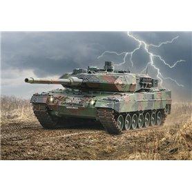 Tanque 1/35 Leopard 2A6 - ITALERI