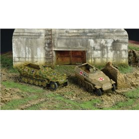 Tanques 1/72 Sd. Kfz. 251/1 Ausf. C (2 fast assembly mod.) ITALERI